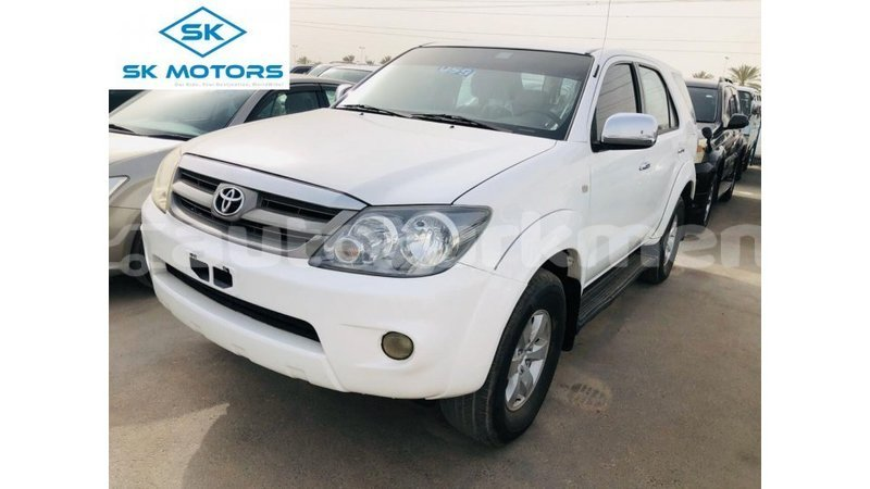 Big with watermark toyota fortuner ahal import dubai 3606